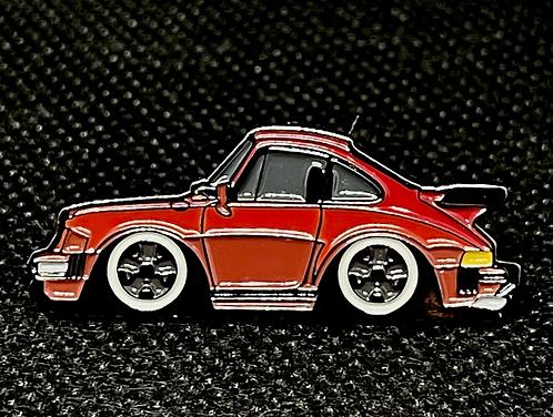 Porsche 911 SC Pin