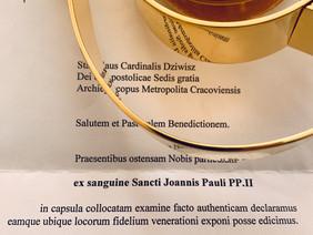 Msza św. dziękczynna za Dar Osoby św. Jana Pawła II z relikwiami otrzymanymi od Kard. Stanisława Dzi
