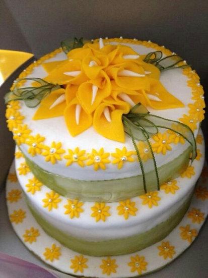 Fondant (wedding cake)