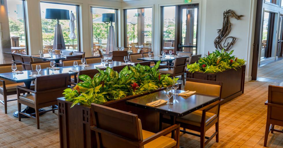 Newport Beach Country club dining 2