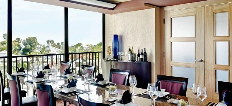 NEWPORT BEACH MARRIOTT HOTEL SPA DINING.