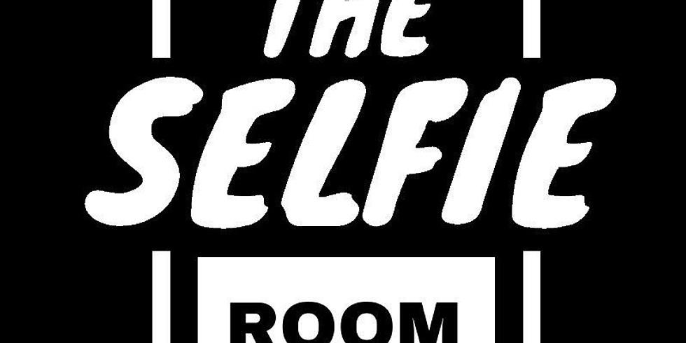 Selfie Room Pop and Shop!
