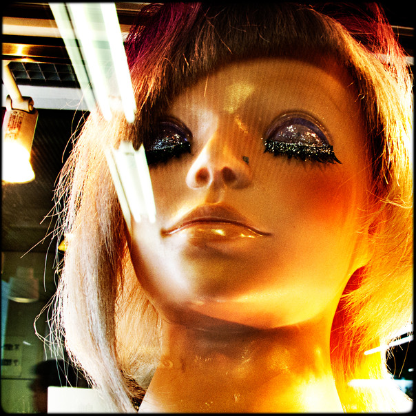 010- mannequin.jpg