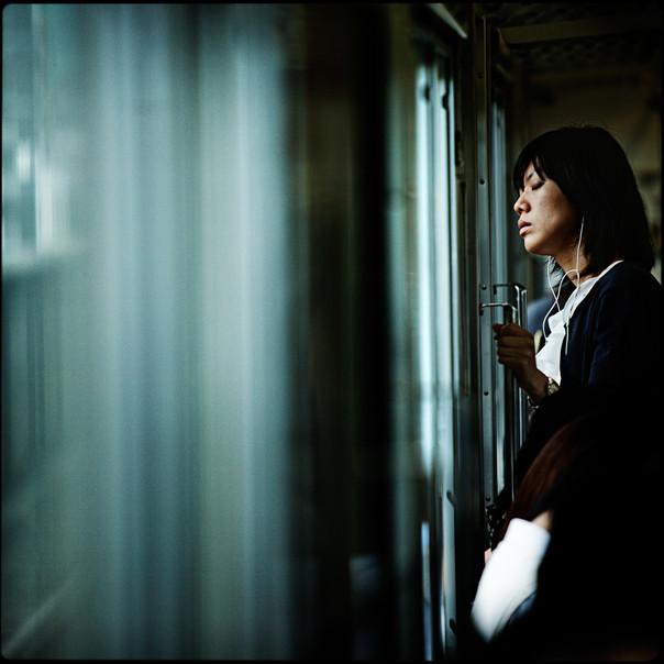 043- train window.jpg