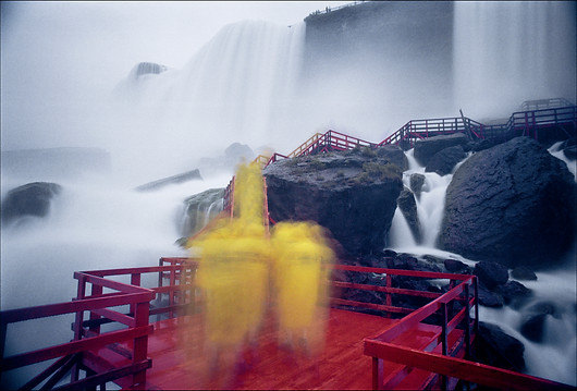 NIAGARA FALLS - YELLOW