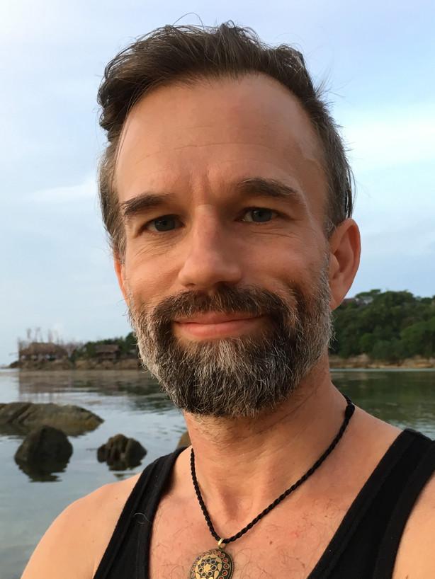 Läs mer om Peter Orevi