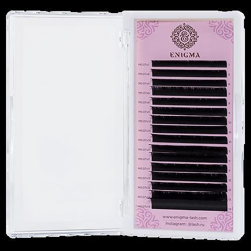 Черные ресницы Enigma Изгиб M (один размер) 16 линий