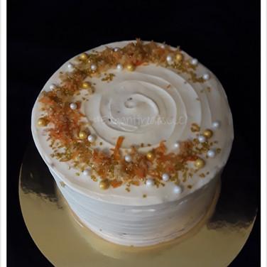 6in Carrot Cake