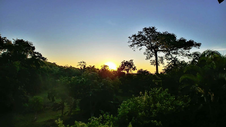 Sunset Arco Iris.jpg