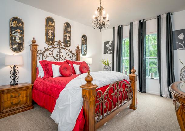 Shoregrass Dr Bedroom
