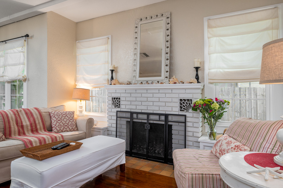 Lantana Livingroom.jpg