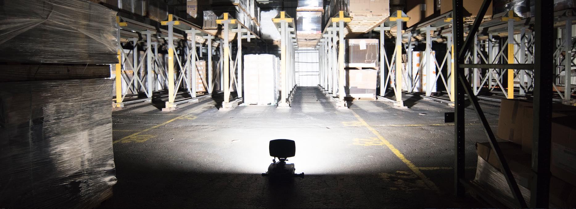 ערכת תאורה ניידת נטענת