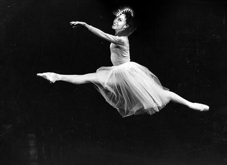 G_Ballerina_Airleap.jpg