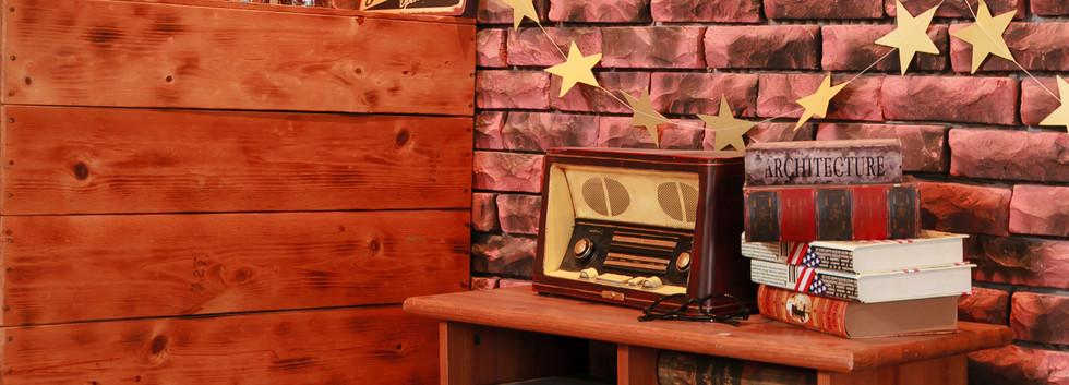 紅磚牆咖啡廳