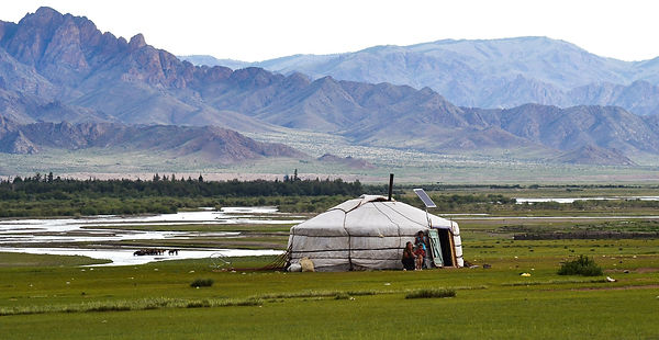 yurt-486866_1920.jpg