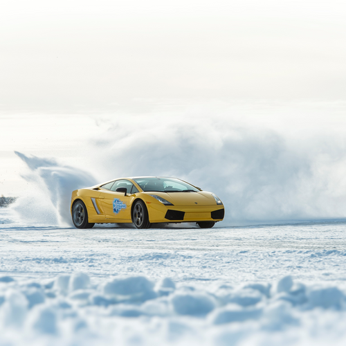 ULTIMATE SUPERCAR ICE-DRIVING IN FINNISH LAPLAND