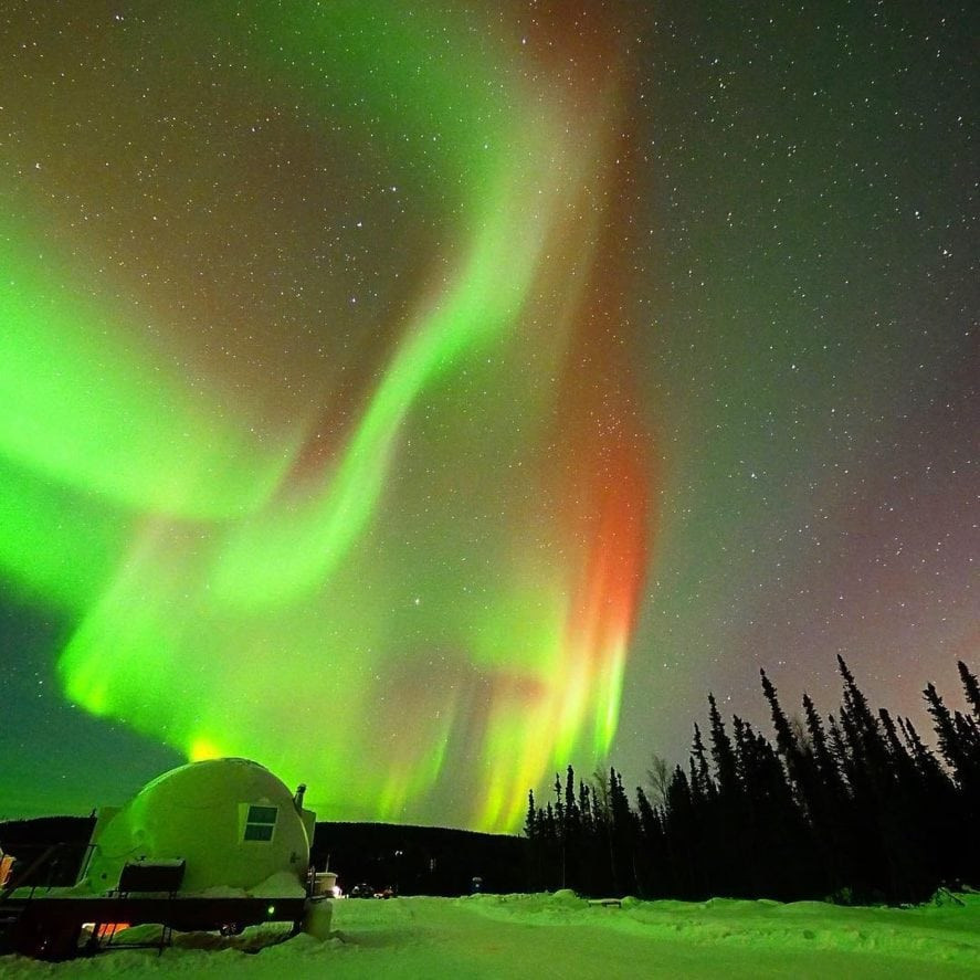 ALASKA BOREALIS BASECAMP NORTHERN LIGHTS