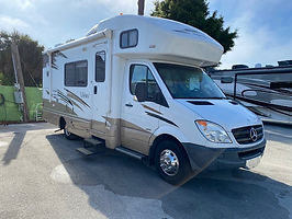 2011 WINNEBAGO VIEW 24K