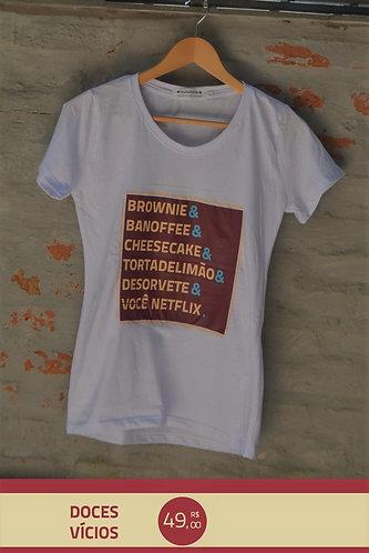 Camiseta Doces Vícios