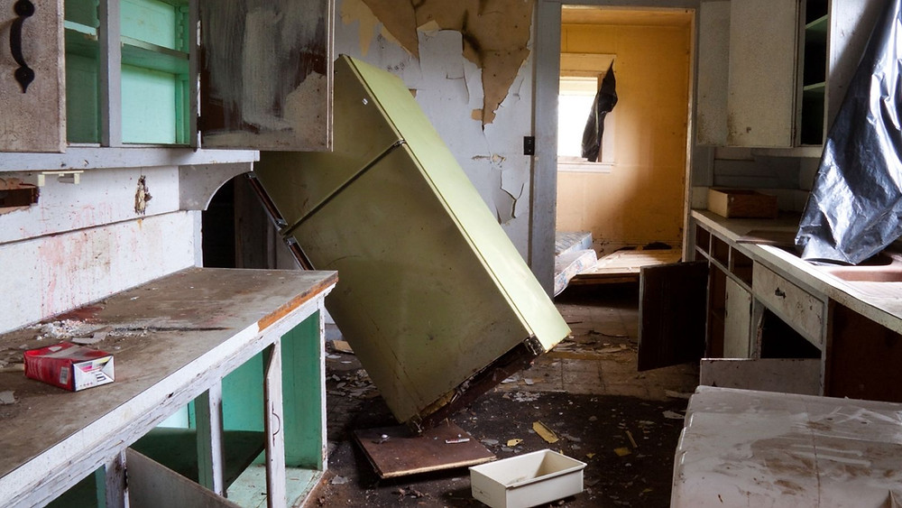 Picture of a kitchen that has been destroyed