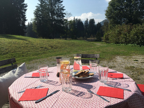 Mittagessen in der Natur