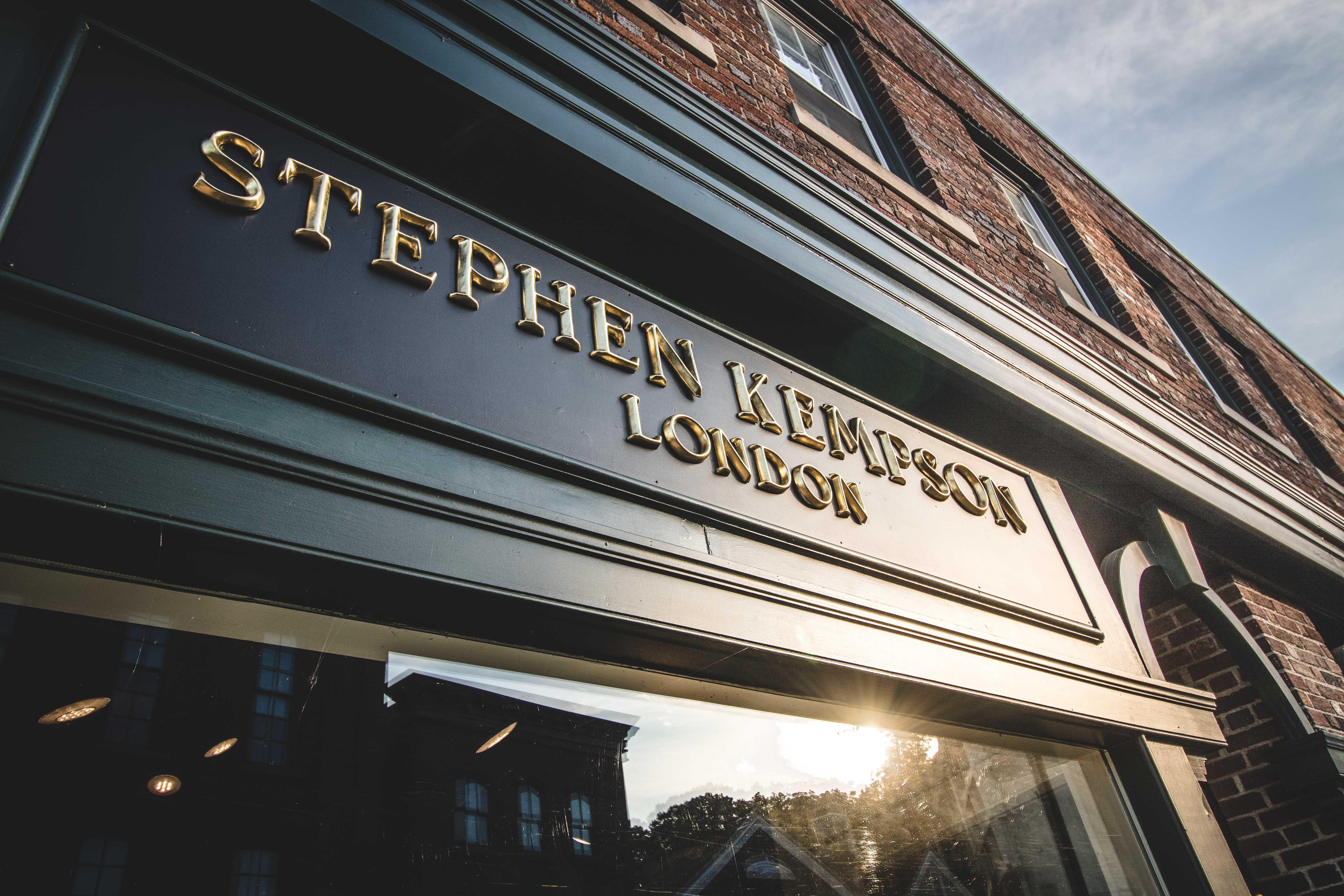 Stephen Hemson-118