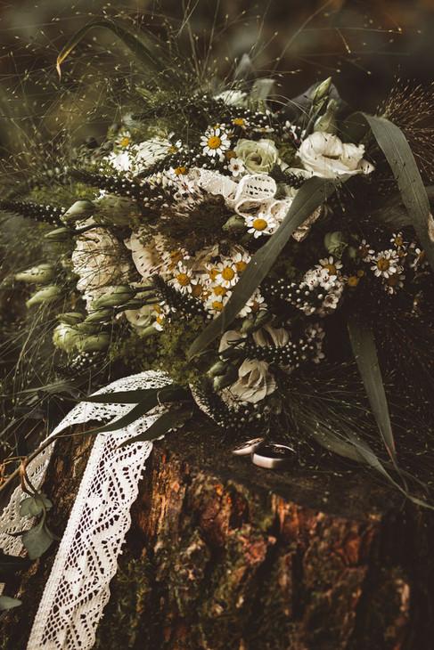 Hochzeitsfotografie in Plettenberg  fotografin-fotograf-hochzeitsfotografin-hochzeitsfotograf-hochzeit-meinerzhagen-kierspe-attendorn-olpe-siegen-herscheid-lüdenscheid-gummersbach-halver-radevormwald-hückeswagen-märkischerkreis-olperkreis-siegenwittgenstein-oberbergischesland-oberberg-sauerland-siegerland