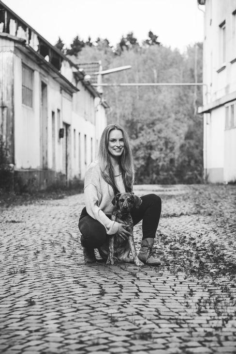 fotografin-fotograf-portraitfotografin-portraitfotograf-portrait-people-tiere-tierfotografie-meinerzhagen-kierspe-attendorn-olpe-siegen-herscheid-lüdenscheid-gummersbach-halver-radevormwald-hückeswagen-märkischerkreis-olperkreis-siegenwittgenstein-oberbergischesland-oberberg-sauerland-siegerland