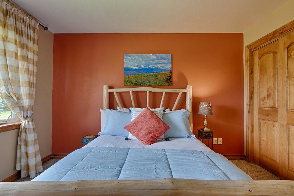 bedroom bed art deco