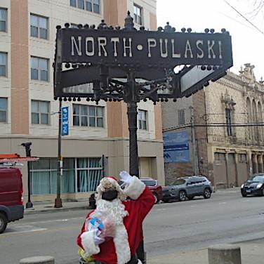 Santa at North & Pulaski.jpg
