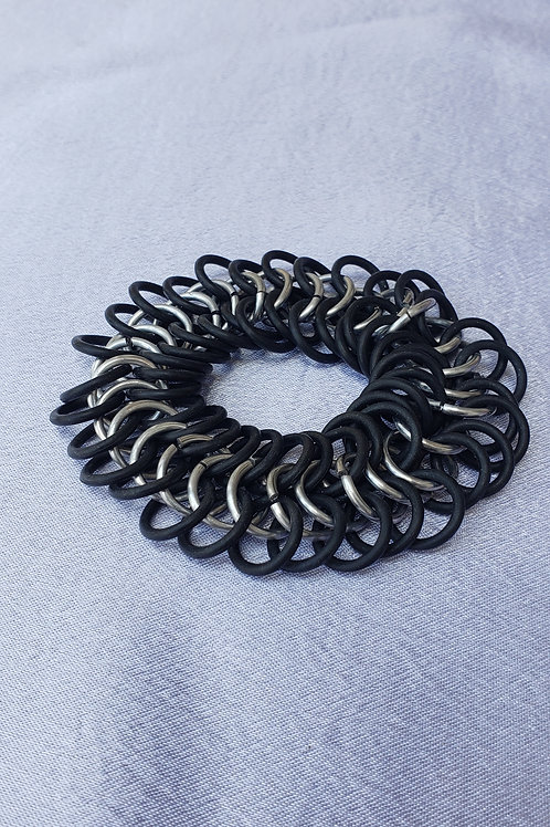 Stretchy Black And Sliver Chainmail Bracelet