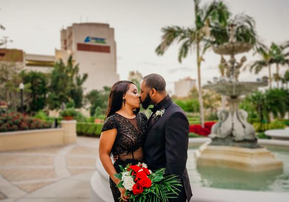 Wedding Photography www.timelesstampa.co