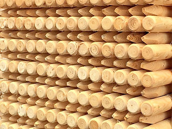 machine rounded poles, spruce, pine, dried, impregnated