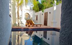 800x500Kitchen-Terrace-Pool-a.jpg