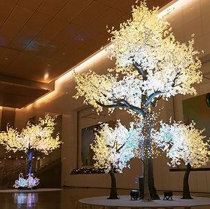 14 foot tree.jpg