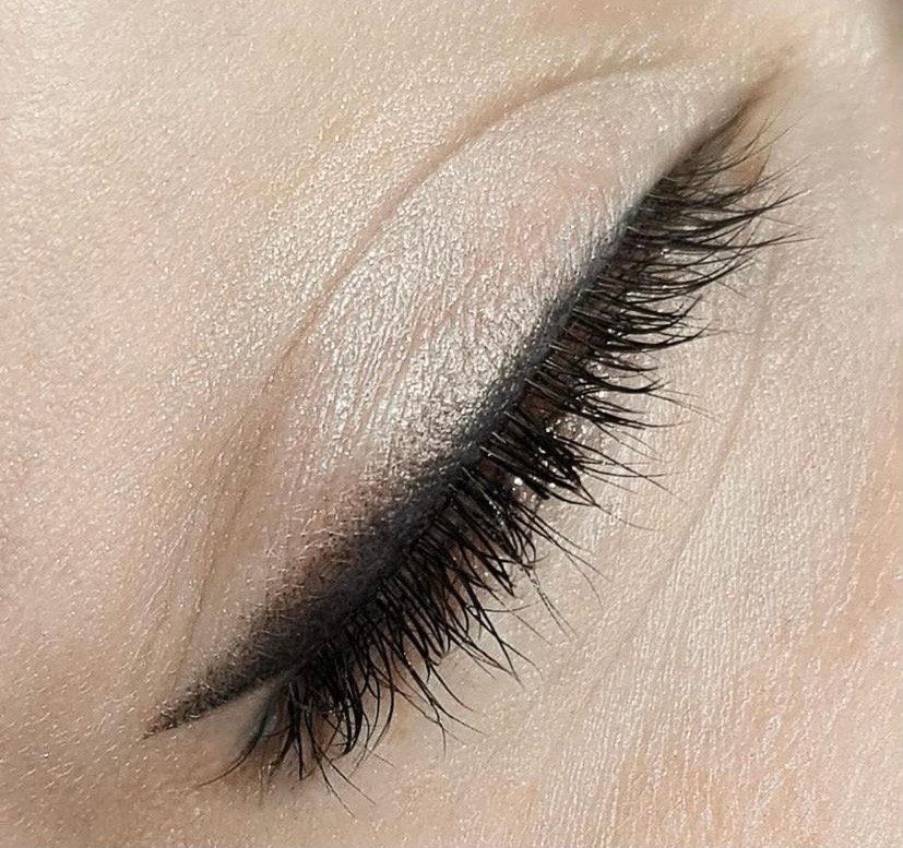 PMU oční linky