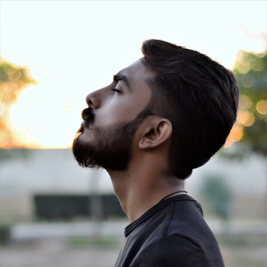 adult-beard-blur-761115.jpg