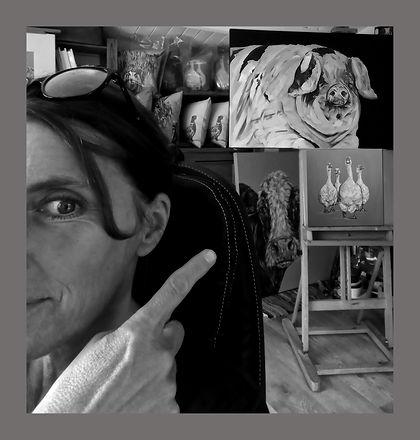 Studio pig_edited_edited copy.jpg
