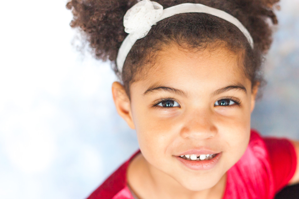 Children photographer, Horsham family photogrpaher, smile, kids, girl photographer, children photographer, Aniko portrait photography
