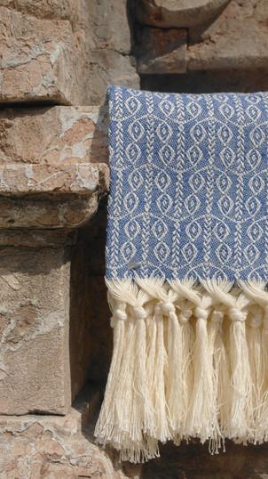 Schlicht bunt - unsere handgefransten Gästehandtücher in unzähligen Farben und Mustern