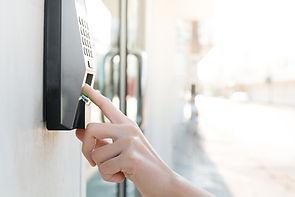 EMDION plant und installiert Zutrittskontrollsysteme für alle Branchen