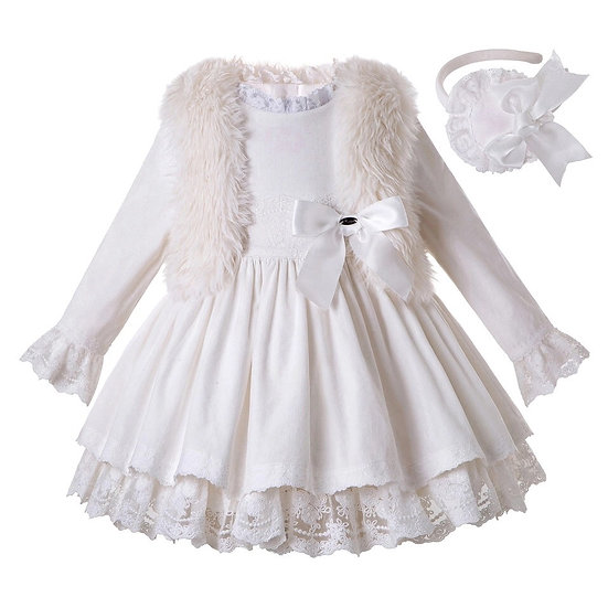 Платье белое с меховой накидкой для девочки