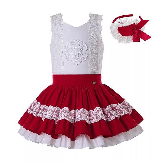Комплект из блузы и юбочки для девочки