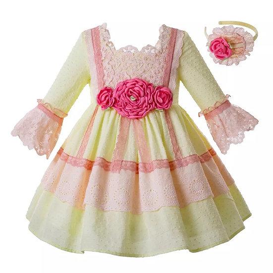 Платье хлопок лимонного цвета с кружевом