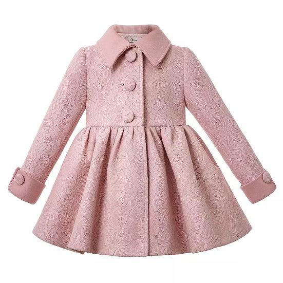Пальто нежно розового цвета для девочки