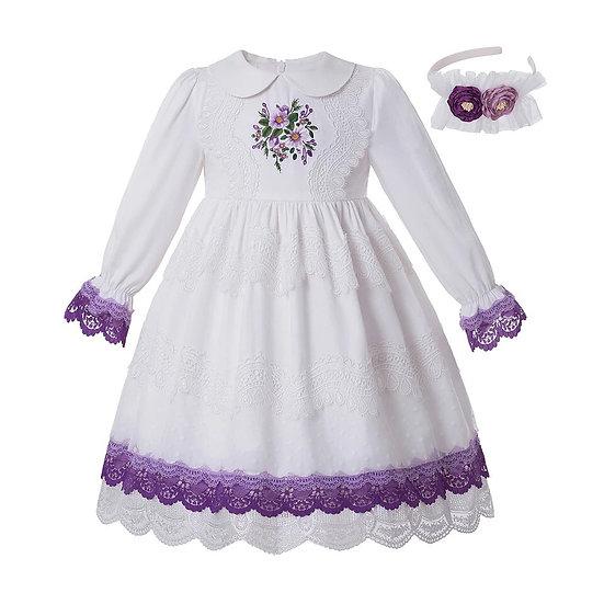 Белое винтажное платье с вышивкой