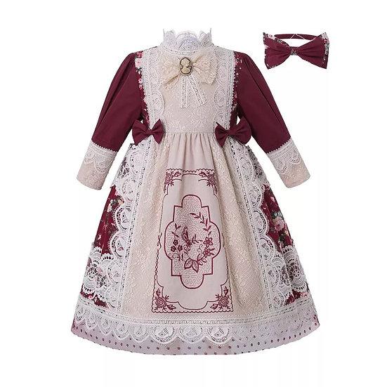 Праздничное платье бордовое с кружевом