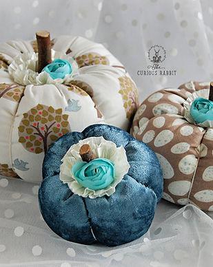 Trio of  Pumpkins - Blue Rose & Beige 10