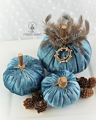 Handmade Pumpkins - Teal Blue Velvet wit