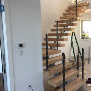 Custom Treads, Whit Oak, Modern Stairs,